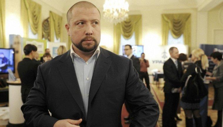 Илью Юрова в России подозревают в мошенничестве - фото 1