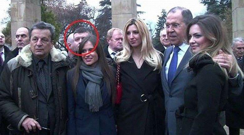Один из организаторов переворота был замечен на фото с Лавровым - фото 1