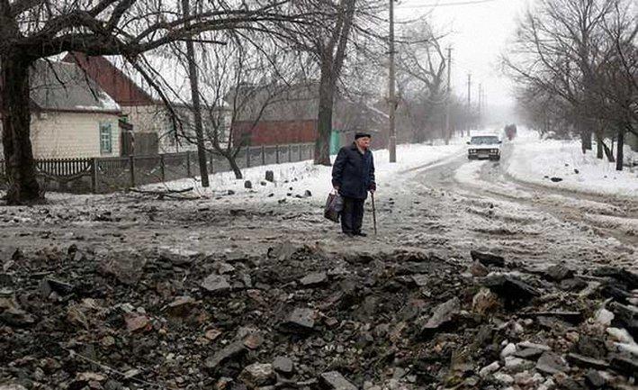 Боевики обстреляли Дебальцево - фото 1