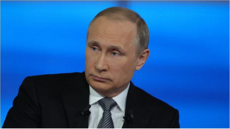 Путин дает пресс-конференцию - фото 1