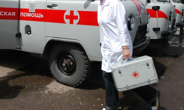 С ожогами лица 2-3 степени мужчина доставлен в больницу - фото 1