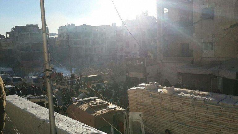 Сирийцы стремятся массово покинуть Алеппо - фото 1
