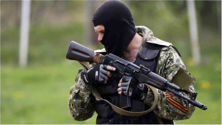 На Донбассе продолжаются бесчинства со стороны военных РФ - фото 1