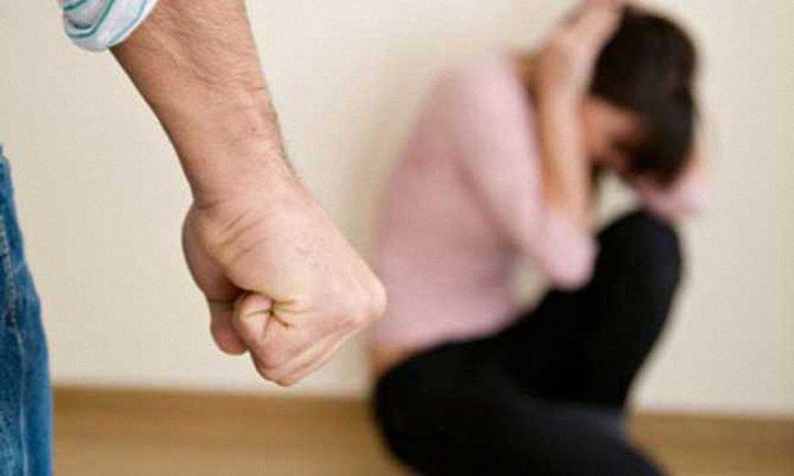 """В России решили """"создавать крепкие семьи"""", отменив уголовное наказание за домашнее насилие - фото 1"""