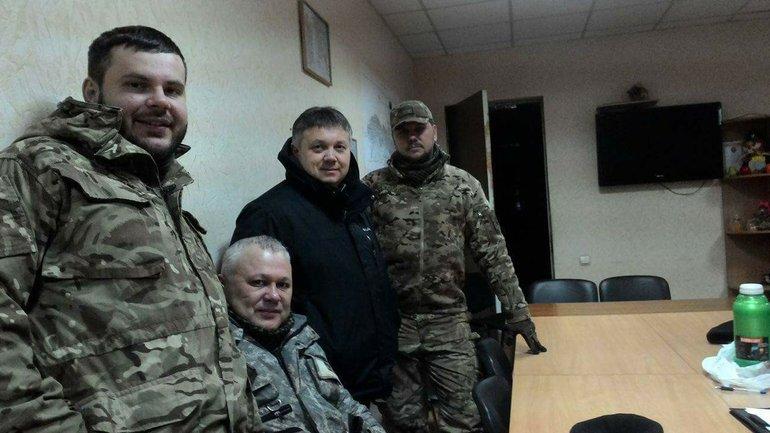Волонтеры готовы оказывать помощь жителям Авдеевки - фото 1