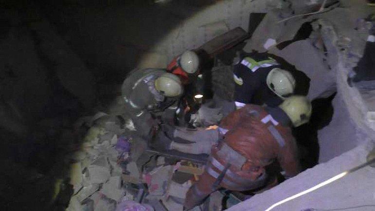 Работники ГСЧС спасли из-под завалов двоих пострадавших - фото 1