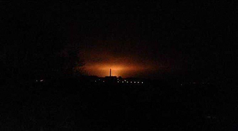 Боевики обстреливают Авдеевку из крупнокалиберной артиллерии - фото 1