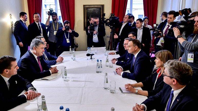 Порошенко подчеркнул важность поддержание ЕС санкций против России - фото 1