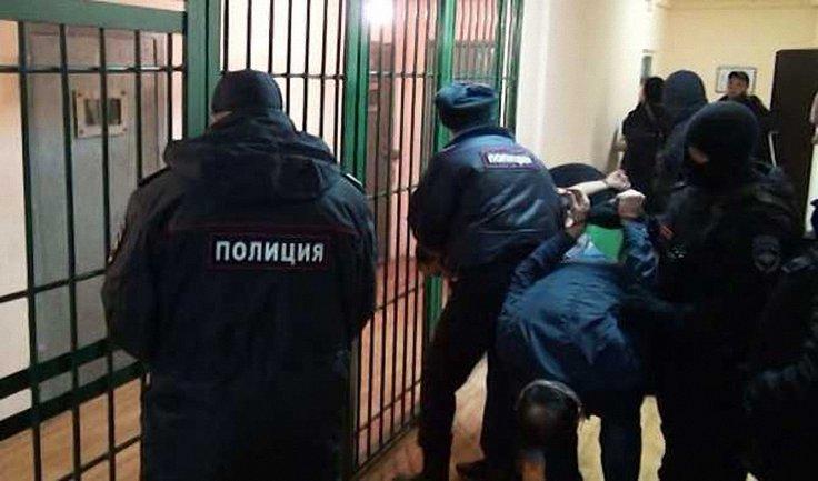 На участников антифашистского фестиваля в Москве устроили облаву - фото 1