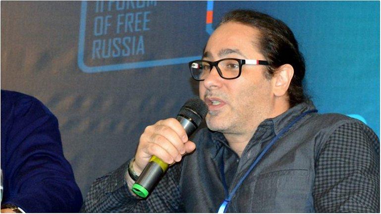 Российский певец запустил флешмоб против агрессии РФ - фото 1