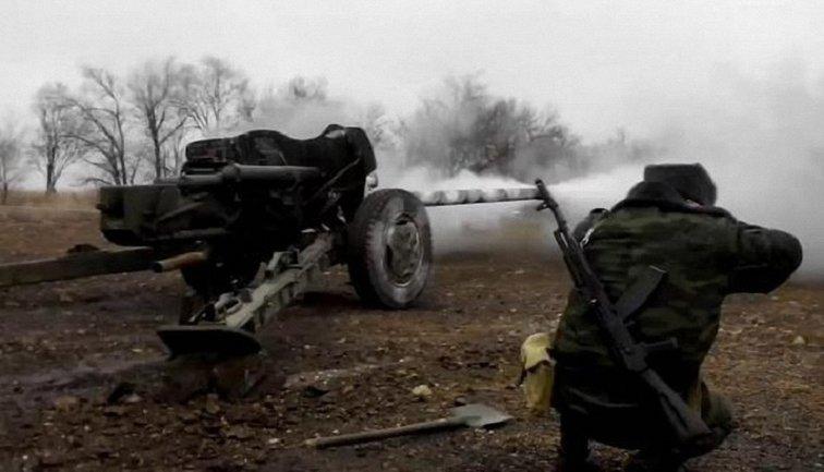 Наблюдатели также зафиксировали стрельбу боевиков на линии Первомайск-Золотое - фото 1