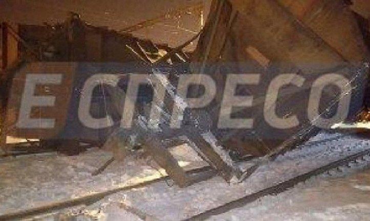 Причиной аварии могло стать то, что состав с цистернами стоял очень близко к стрелочным переводам - фото 1