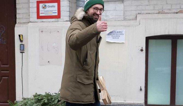 Судьи решили, что Лещенко не нарушал законов - фото 1