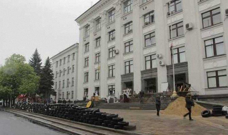 Боевики Луганска и Донецка готовятся к выезду в Россию - фото 1