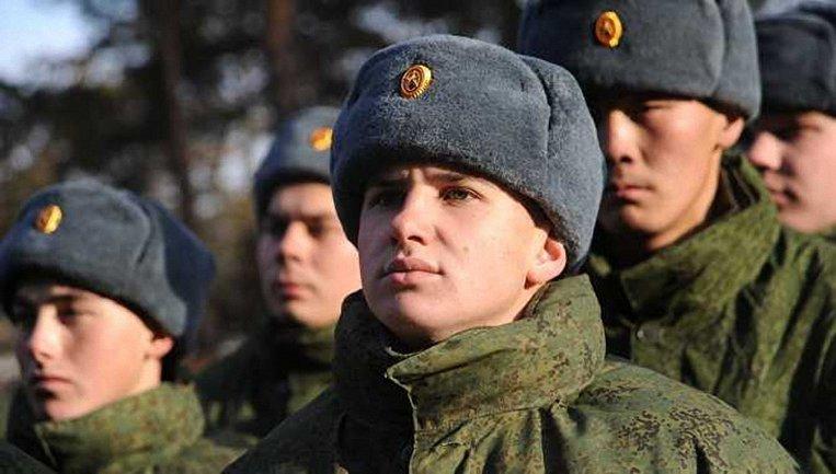 Оккупанты набирают крымчан на военную службу - фото 1