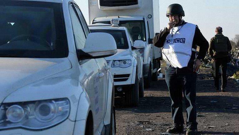 Боевики стреляли в сторону наблюдателей ОБСЕ из автоматов - фото 1