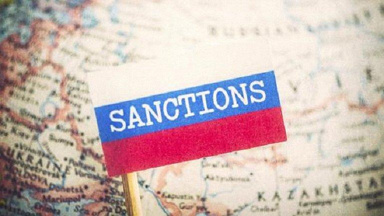 Оккупанты сожгли украинские и европейские продукты весом 373,6 кг. - фото 1