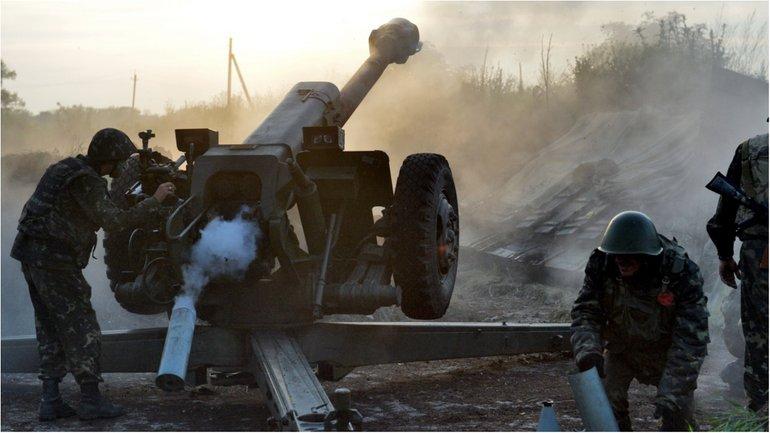 Боевики 52 раза обстреляли позиции сил АТО - фото 1