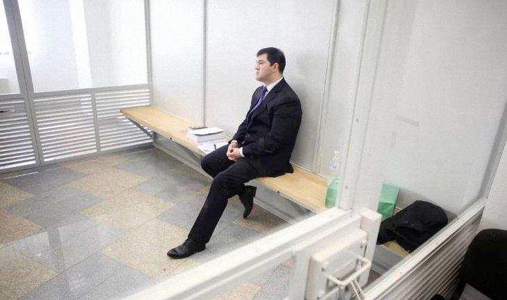 Насиров отказался просить денег для залога у друзей - фото 1