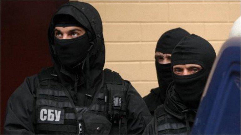 Поводом для задержания стал отказ сдать оружие - фото 1