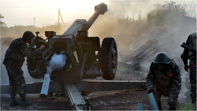 Боевики уже 10 раз за сегодня обстреляли украинские позиции - фото 1
