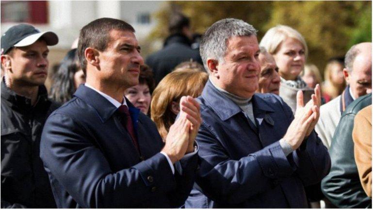 Министр и его друг - фото 1