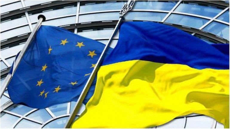 Украинцы смогут поехать в ЕС без виз уже этим летом - фото 1