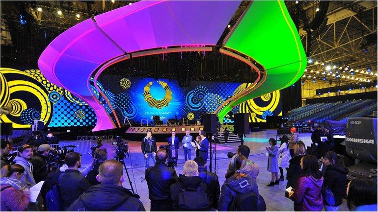 В Киеве презентовали главную сцену Евровидения-2017: появились впечатляющие фото - фото 1