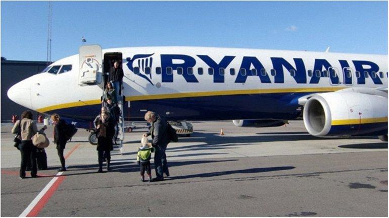 Ryanair ожидает снижения аэропортового сбора  - фото 1
