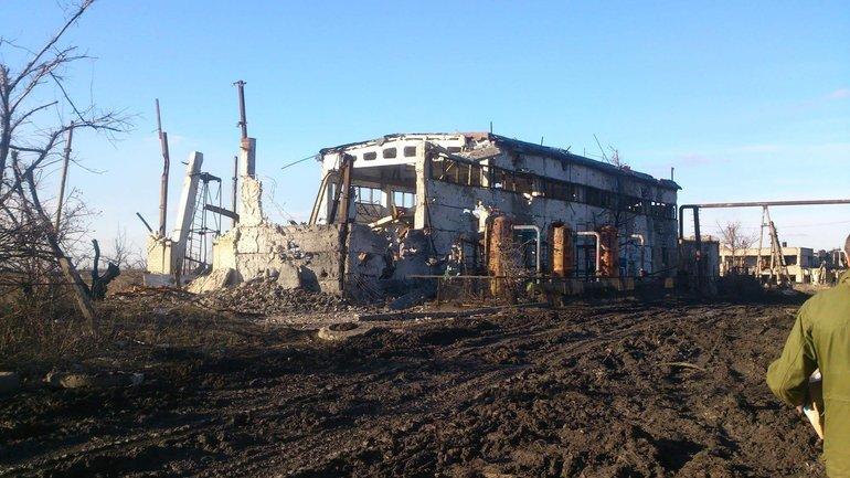 Идет обстрел украинских позиций возле Авдеевской промзоны - фото 1
