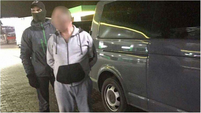 Офицер полиции попался на огромной взятке - фото 1
