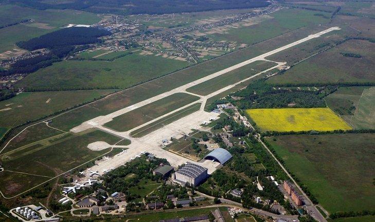 Аэропорт находится в 35 км от Киева - фото 1