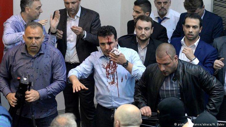 В зале парламента были депутаты и журналисты  - фото 1
