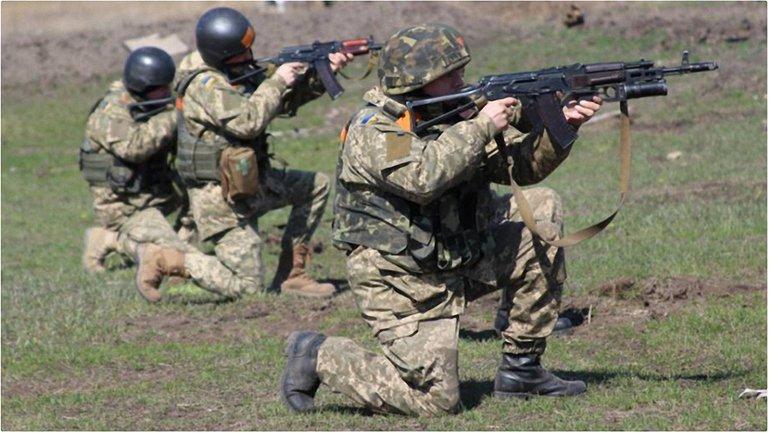 За сутки ранены 10 военнослужащих  - фото 1