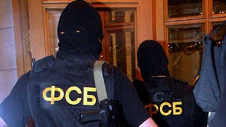 Российские ФСБшники задержали крымских татар по выдуманным обвинениям - фото 1