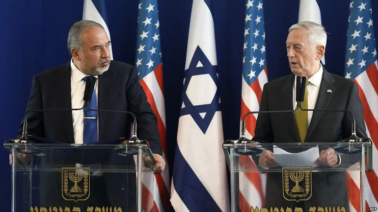 Маттис провел встречу с министром обороны Израиля Авигдором Либерманом - фото 1