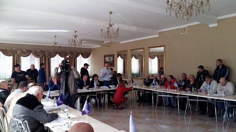 """Стороники """"Ураинского выбора"""" проводили собрание в Конотопе - фото 1"""
