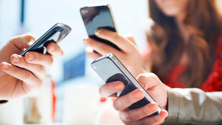 Все мобильные операторы закрыли доступ к российским соцсетям - фото 1