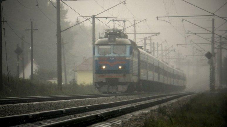 В Молдове остановлено движение поездов - фото 1