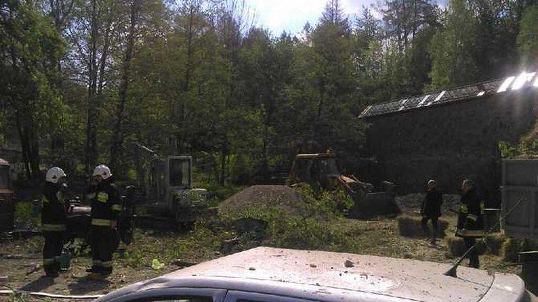 Взрыв снес один из цехов завода - фото 1