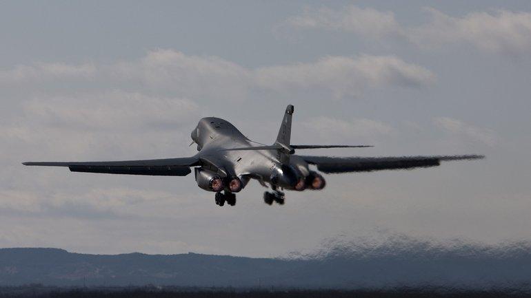 США проводят военные учения в Южной Корее - фото 1