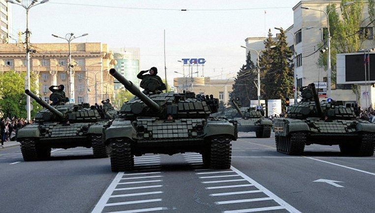 Оккупанты перекроют центр Донецка для любого транспорта, кроме военного - фото 1