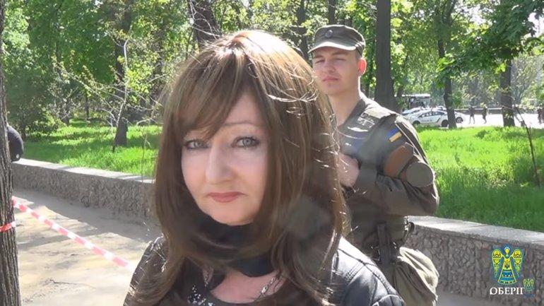 Девушка отказывалась предъявлять документы - фото 1