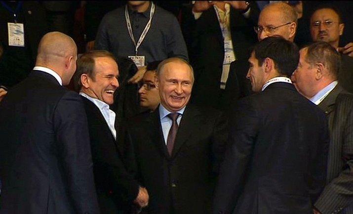 Медвечук тесно общается с российским лидером - фото 1
