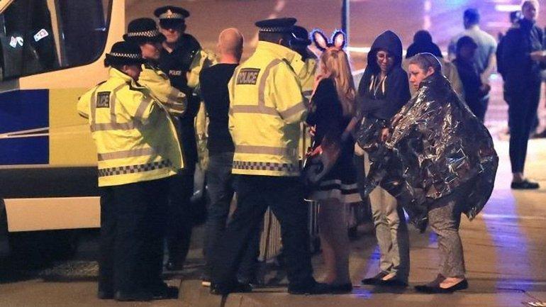 Террористы унесли жизни как минимум 19 человек - фото 1