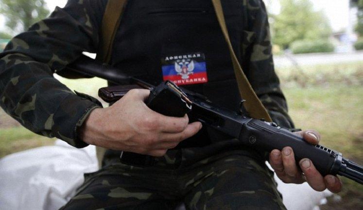 Пользователи соцсетей напомнили, как боевики прикрывались детьми от ВСУ - фото 1