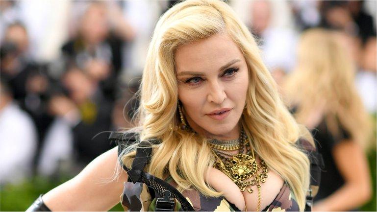 58-летняя Мадонна - фото 1
