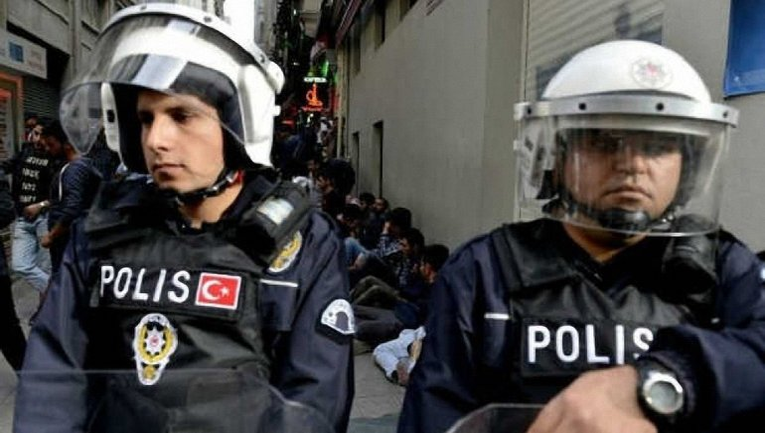 Среди задержанных трое граждан Сирии - фото 1
