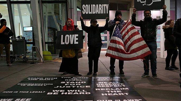 Трамп выступает против мусульман в США - фото 1