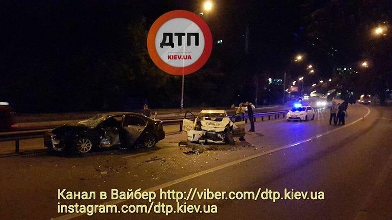 """Водитель """"Лансера"""" и двое полицейских пострадали - фото 1"""